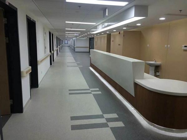 医院橡胶地板铺装有多种方法